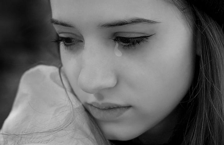 Chiêm bao mình khóc trước người lạ